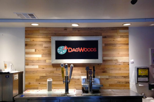 DagWoods lobby sign