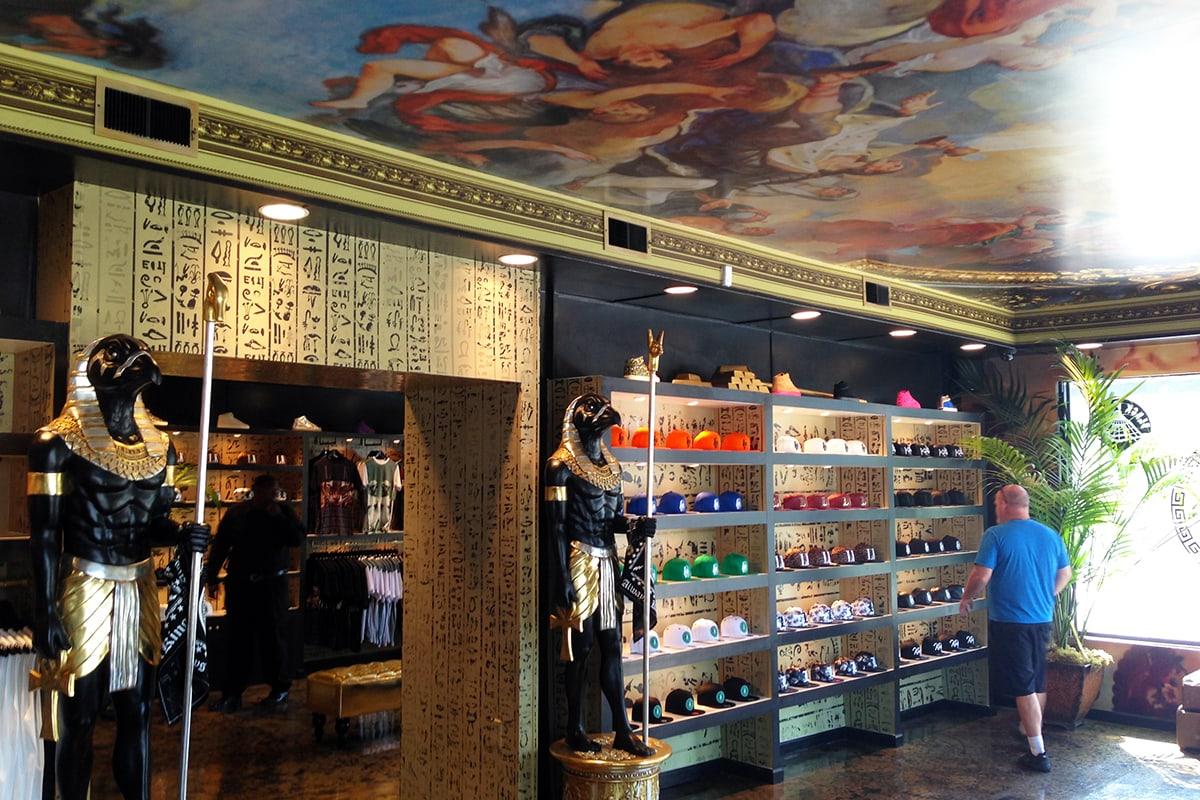 Last Kings' Retail Space